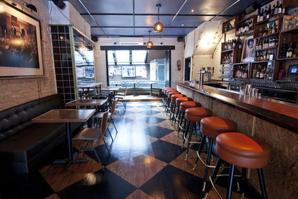 """<a href=""""http://ny.eater.com/archives/2012/07/swine_a_new_meatcentric_west_village_restaurant.php"""">Swine, NYC</a>"""
