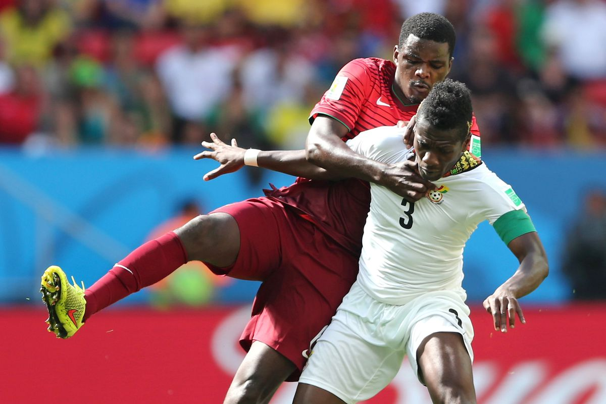 we'd better sort this out soon, because I am running out of William Carvalho pictures already