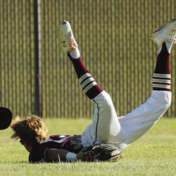 Maple Mountain's Cole Rollins can't come up with the ball while playing Cottonwood during Last Chance Tournament in Spanish Fork on Thursday, May 28, 2020.