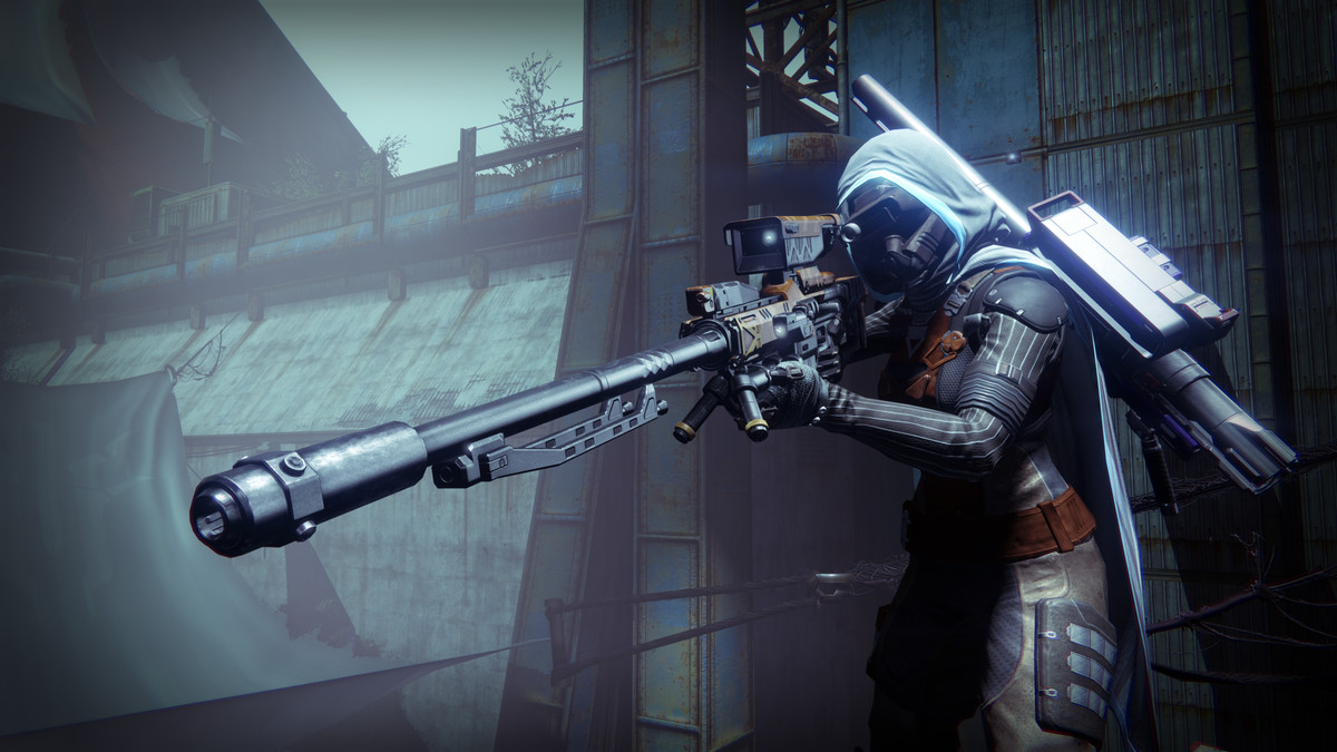 Destiny - Hunter aiming a sniper rifle