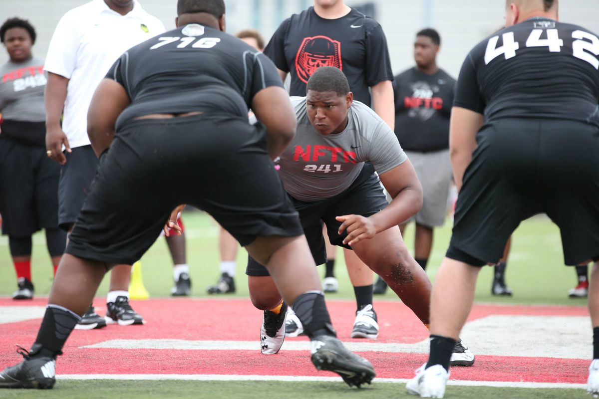 Ohio State are the early leaders for Tim Settle.