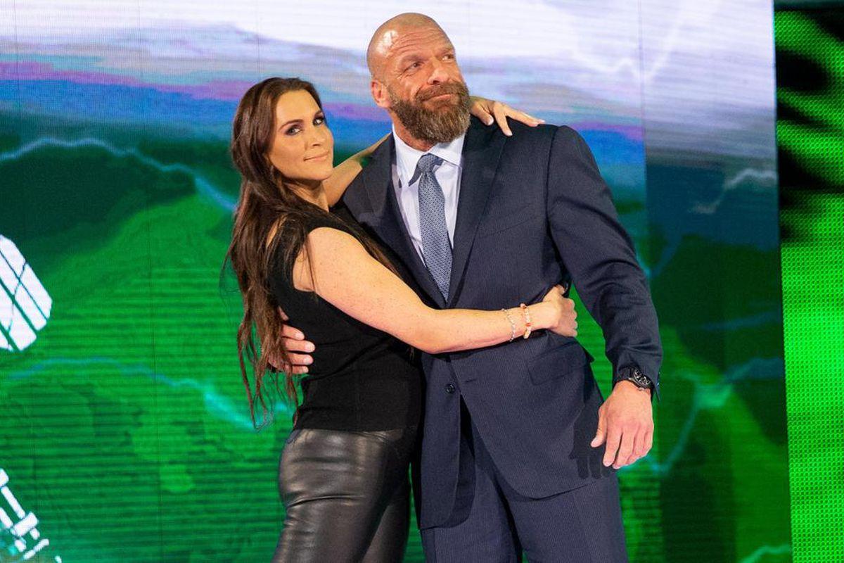 wrestling dating rumors
