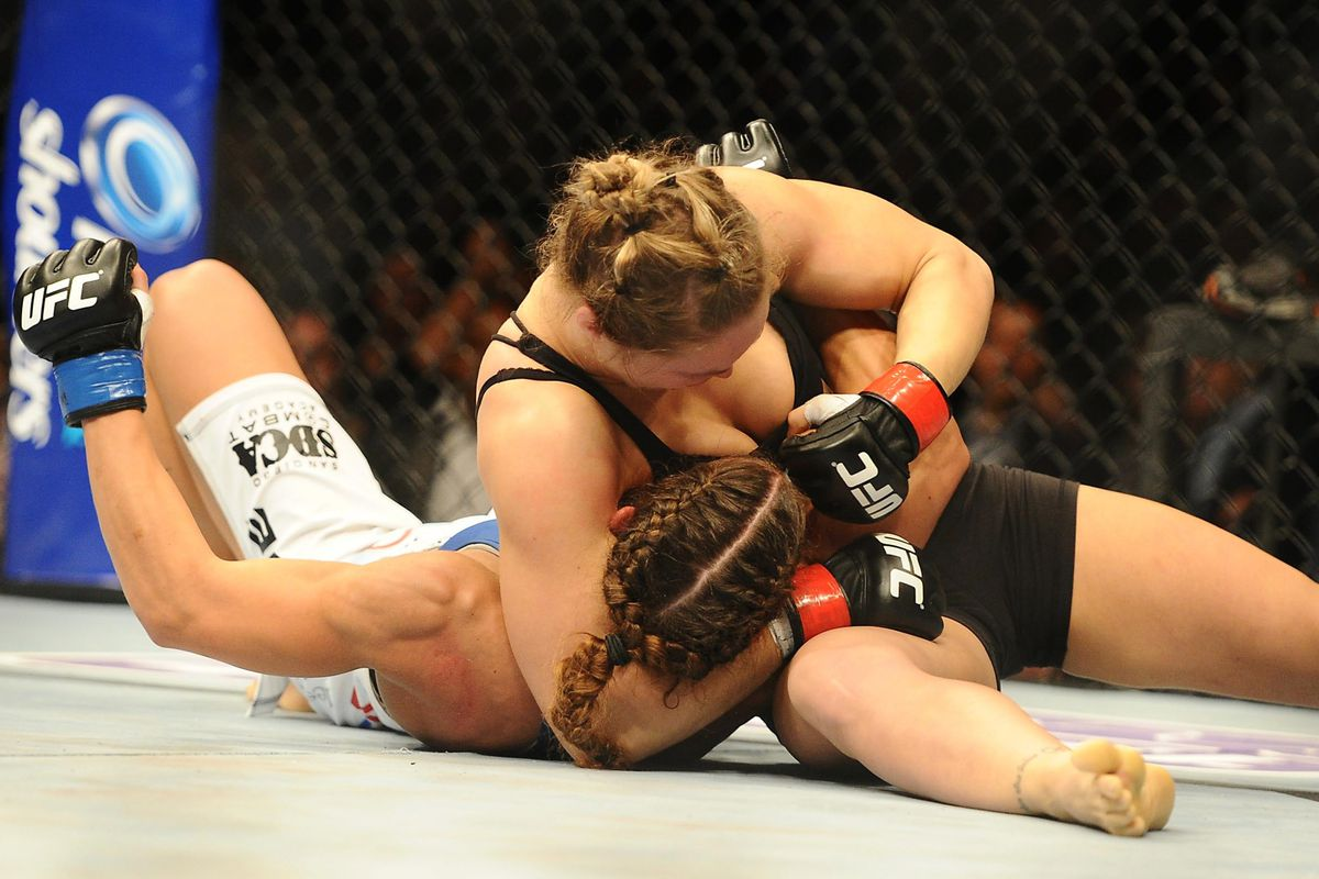 Ufc 157 Results Ronda Rousey Worried About Sports Bra As Much As
