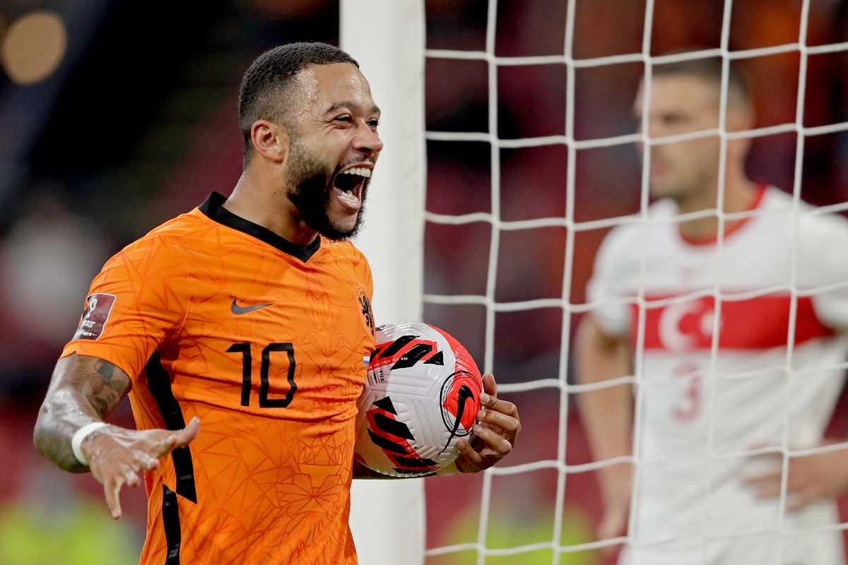 Red-hot Memphis Depay nets hat-trick as Netherlands hit Turkey for six - Barca Blaugranes