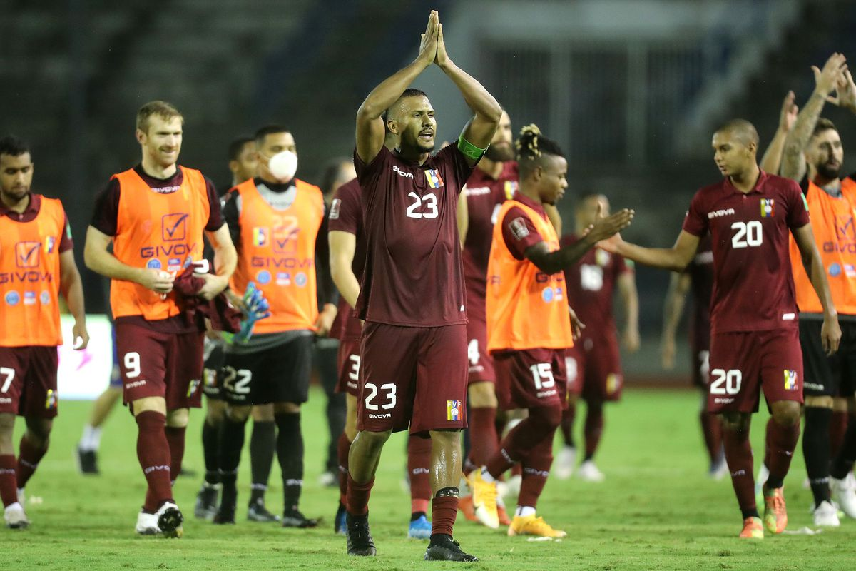 Venezuela v Chile - South American Qualifiers for Qatar 2022