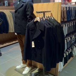 If you're currently on the hunt for a jacket, MUJI has plenty of options for you