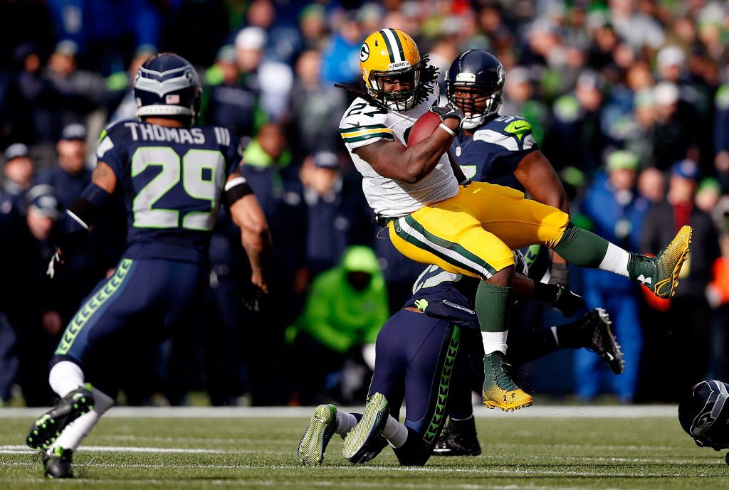 The Green Bay Packers' Eddie Lacy runs the ball in the first half against the Seattle Seahawks during the 2015 NFC Championship game at CenturyLink Field on Sunday in Seattle, Washington.   Christian Petersen/Getty Images