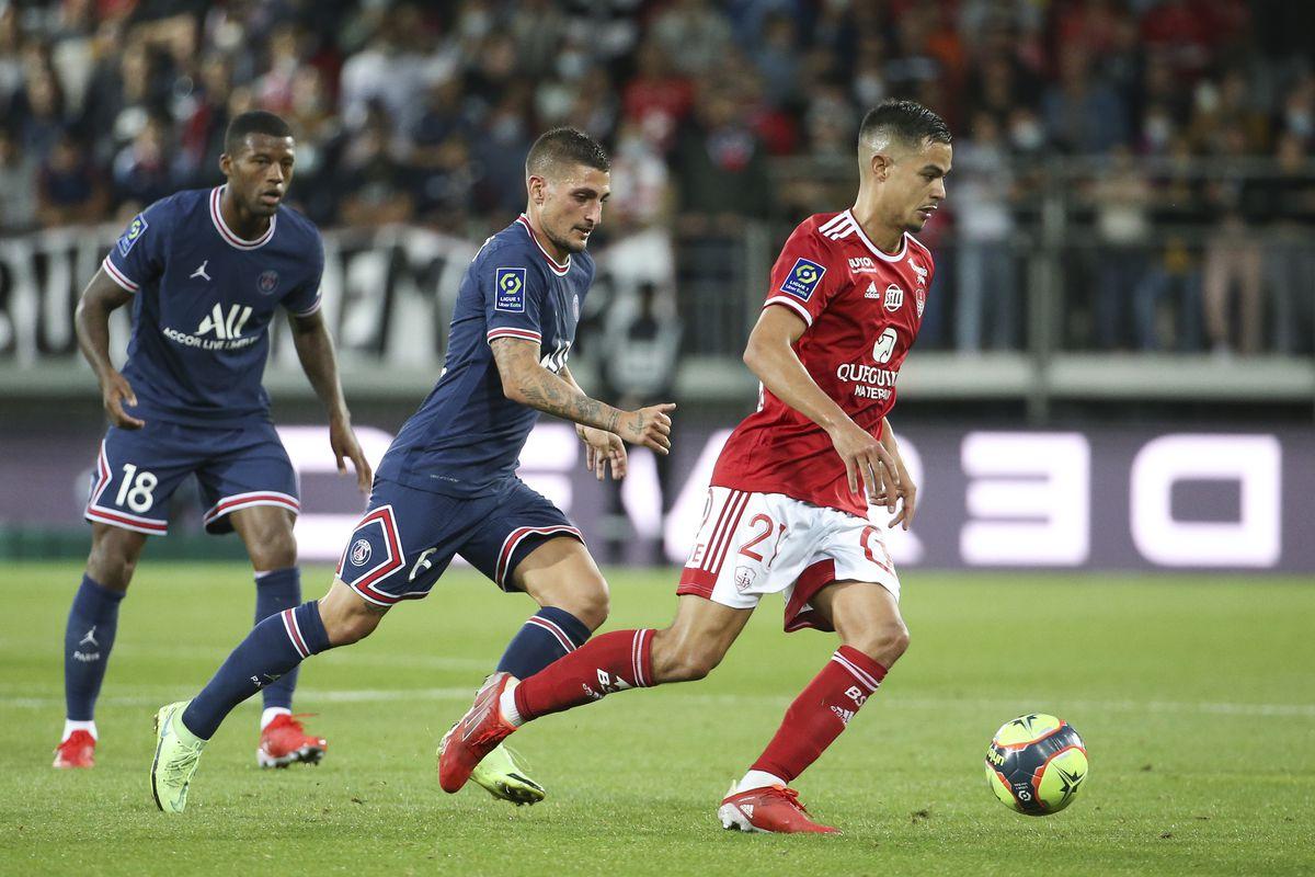 Stade Brestois 29 v Paris Saint-Germain - Ligue 1