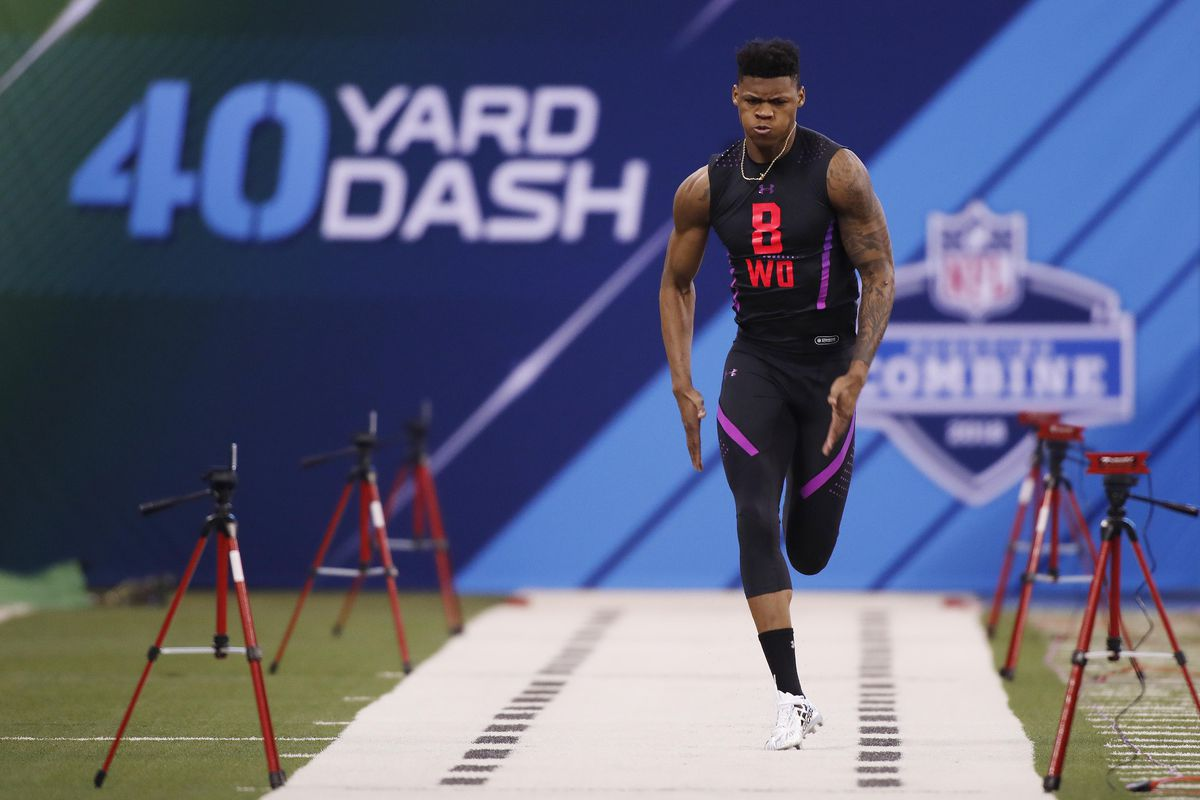 INDIANAPOLIS, IN - Former LSU Tigers wide receiver D.J. Chark runs the 40 yard dash during the 2018 NFL Scouting Combine at Lucas Oil Stadium.