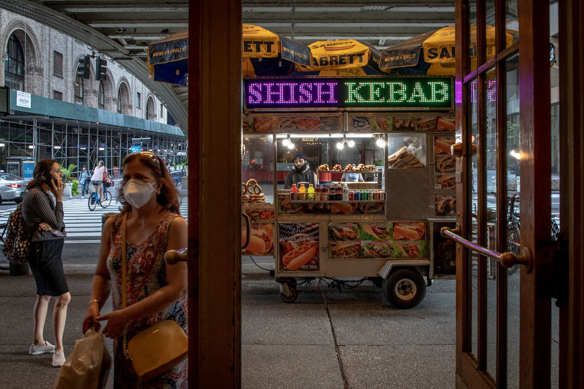 A food cart outside Grand Central Terminal