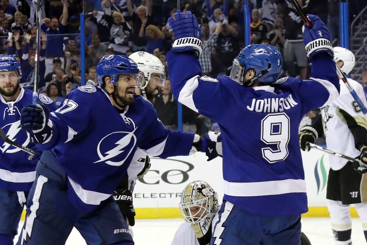60c0fdb4b67bc1 Quick Strikes: Lightning center Tyler Johnson returns with a new pep in his  step