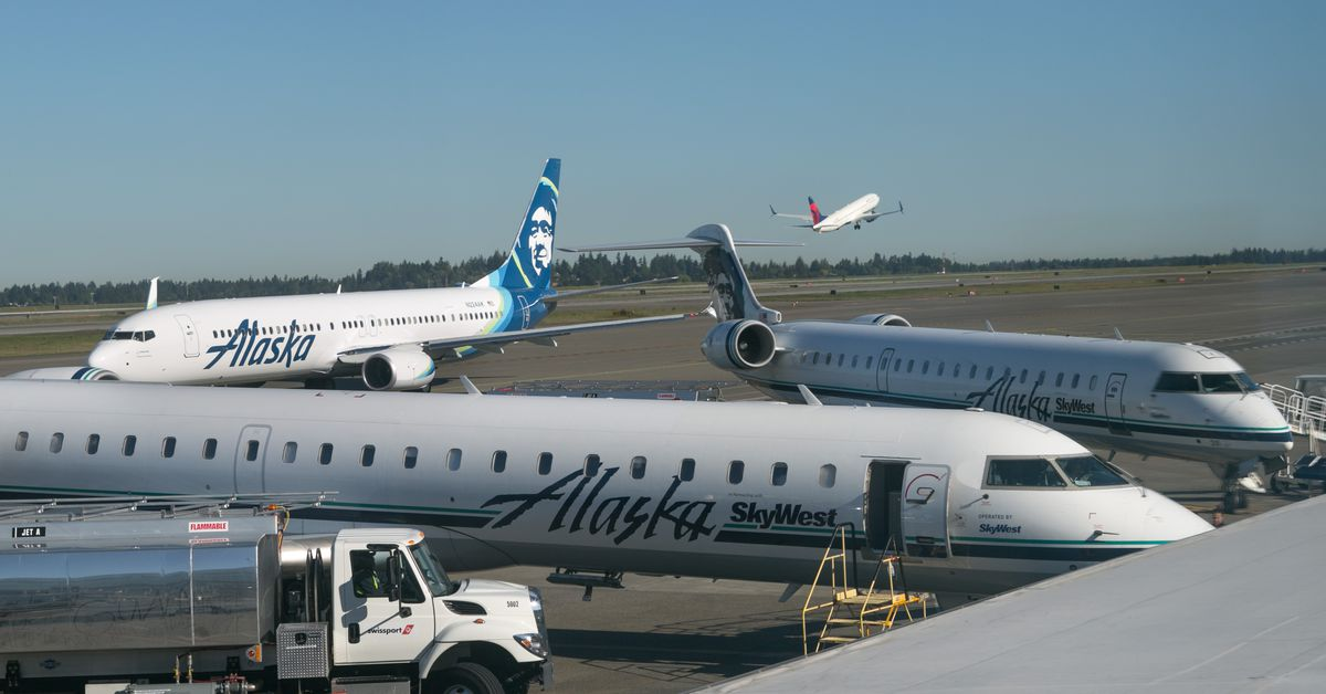 Alaska Airlines plane stolen from SeaTac airport: What we know so far