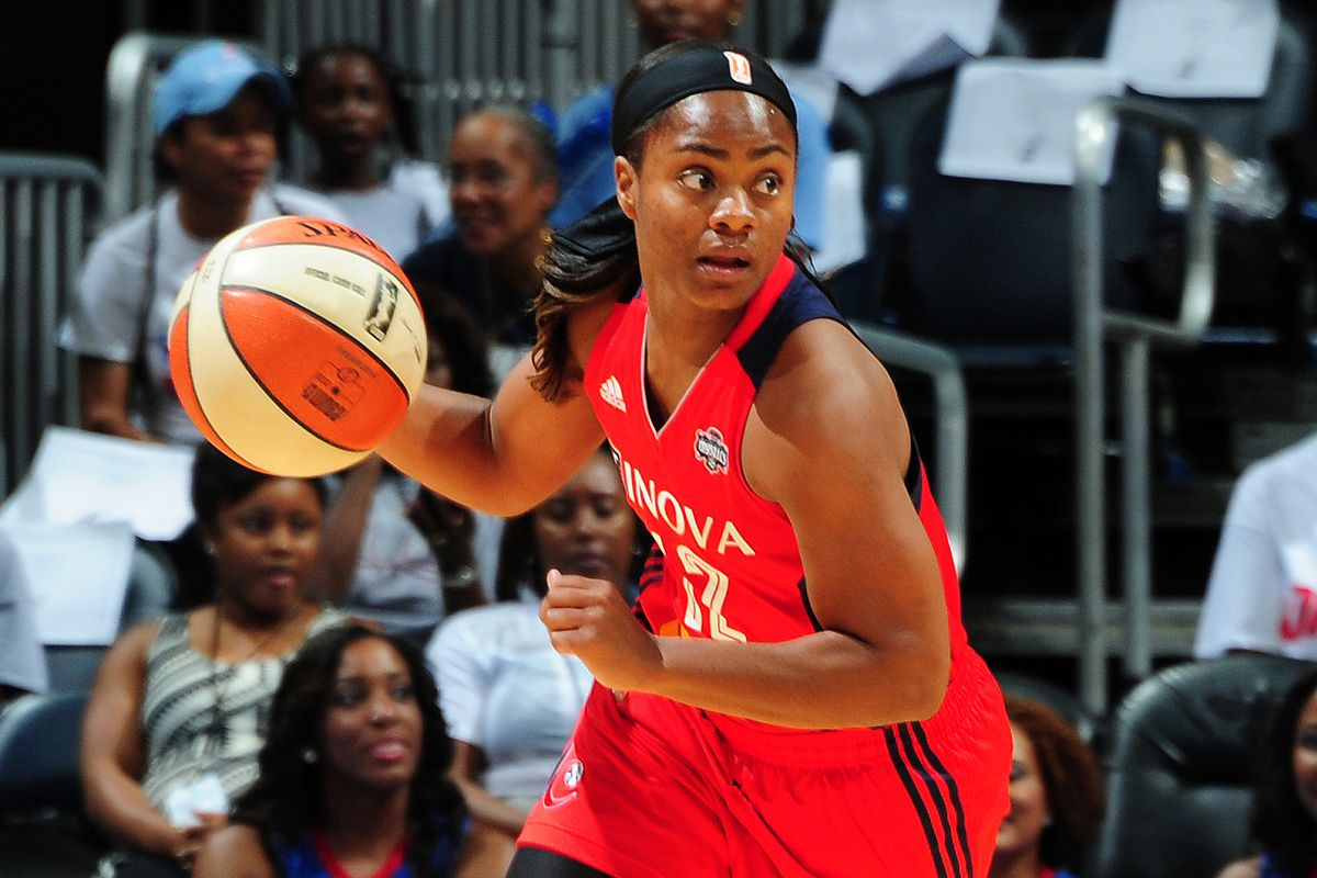 LATTA!!!!!! scored 16 points in the Mystics' playoff clinching victory over the Sun Friday.