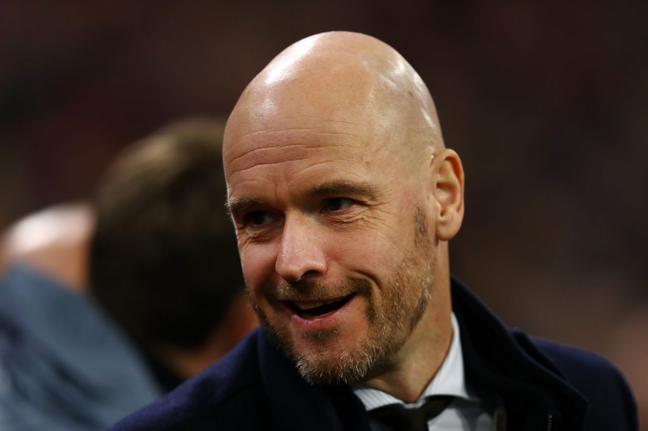 Report: Erik ten Hag will NOT leave Ajax this summer, Bayern Munich looking for alternatives