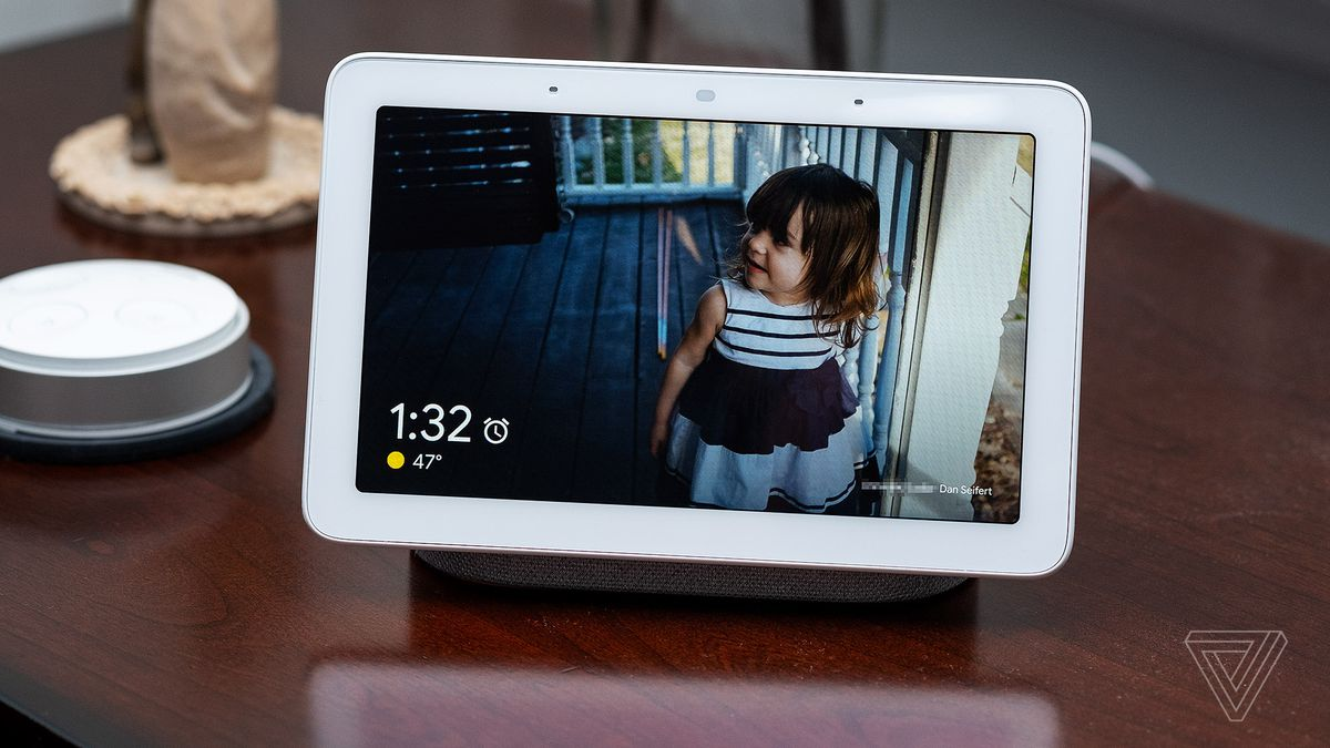 Google Home Hub review: the best digital photo frame - The