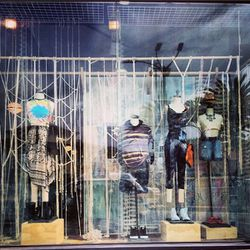 """Image of Urban Outfitters via @westwoodvillage/<a href=""""http://instagram.com/p/lQYX3gvUit/"""">Instagram</a>"""