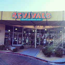 Last stop on our shopping list: the mid-century modern mecca known as <b>Revivals</b> (611 South Palm Canyon Drive).