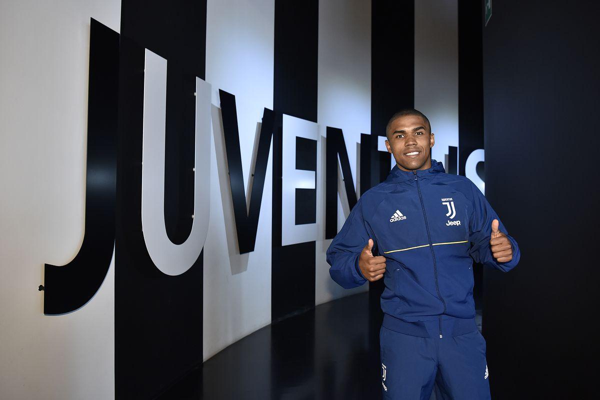 Juventus Unveils New Signing Douglas Costa