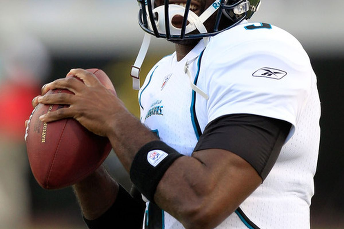 JACKSONVILLE, FL - AUGUST 19:  Quarterback David Garrard #9 of the Jacksonville Jaguars throws prior to the game against the Atlanta Falcons at EverBank Field on August 19, 2011 in Jacksonville, Florida.  (Photo by Sam Greenwood/Getty Images)