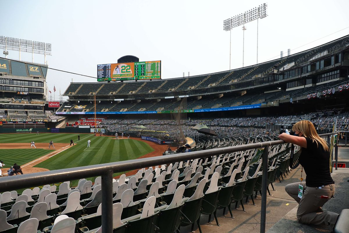 MLB: Wildcard-Chicago White Sox at Oakland Athletics
