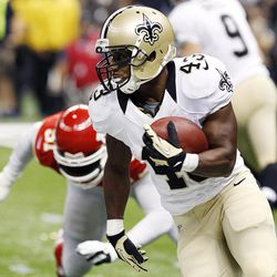 New Orleans Saints running back Darren Sproles (43) carries in the first half of an NFL football game against the Kansas City Chiefs in New Orleans, Sunday, Sept. 23, 2012.