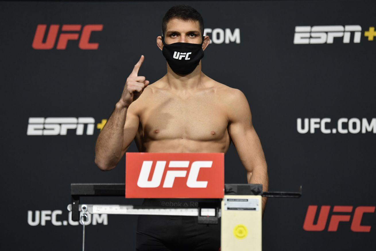 Thiago Moises is set to face Islam Makhachev at UFC Vegas 31.