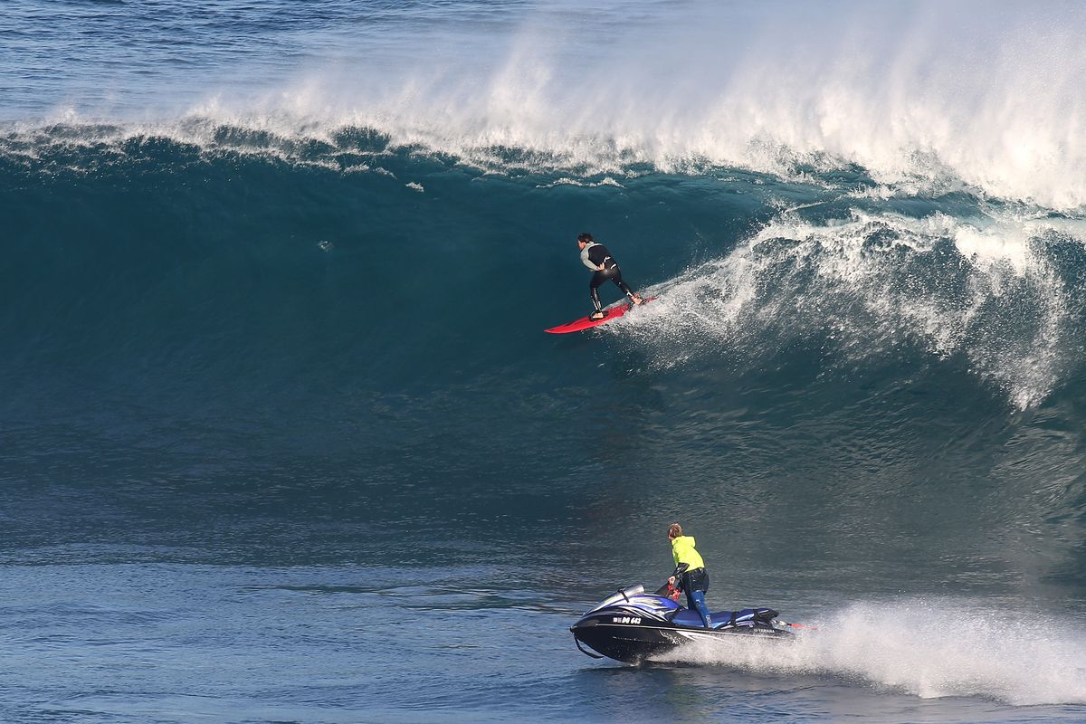 Large Swells Hit Coast Of Western Australia