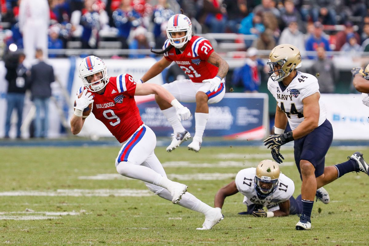 Louisiana Tech Bulldogs wide receiver Conner Smith (9) runs after a reception during the Armed Forces Bowl between the Navy Midshipmen and Louisiana Tech Bulldogs on December 23, 2016, at Amon G. Carter Stadium in Fort Worth, TX.