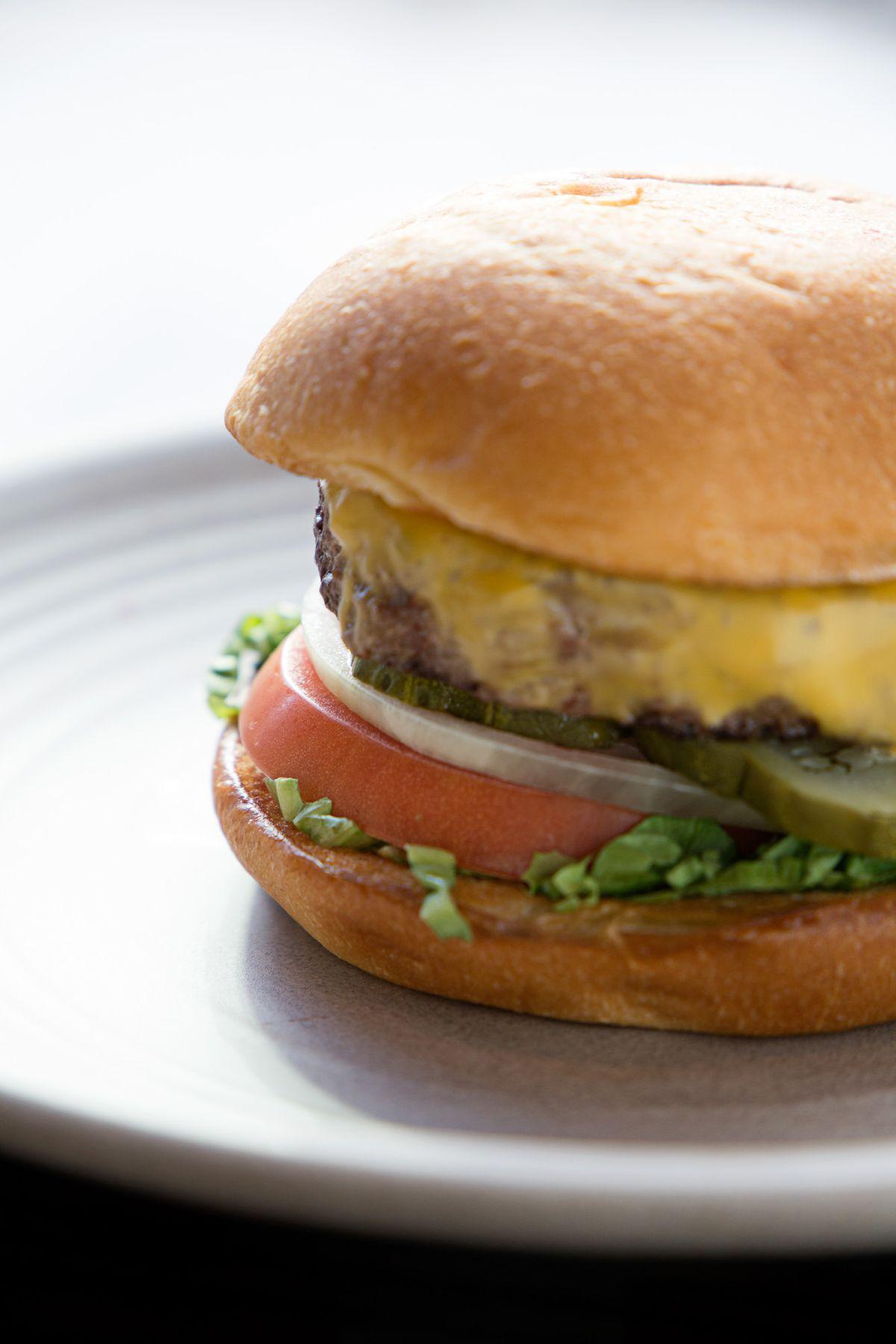 wahlburgers dorchester