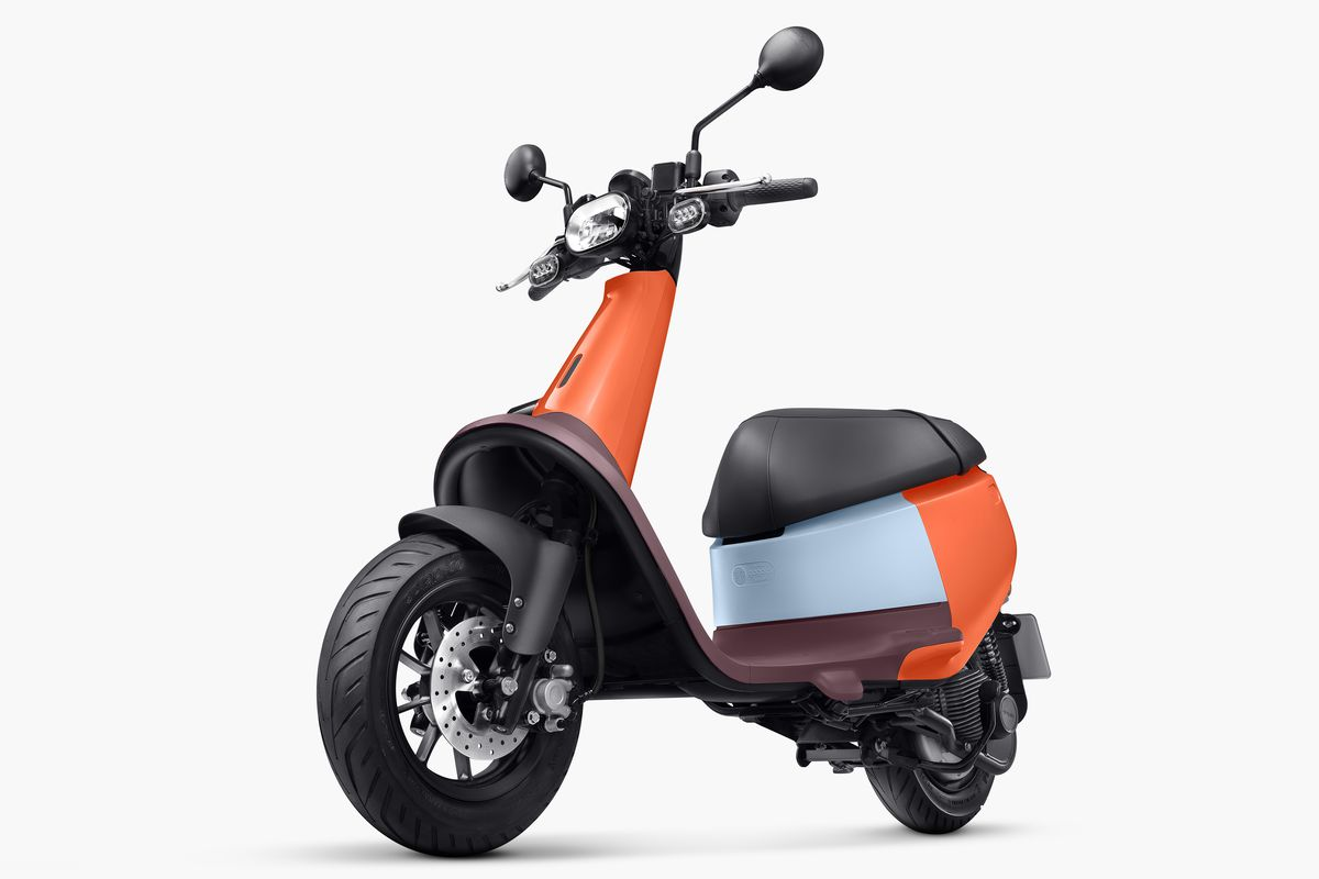 Gogoro's new electric scooter is a cute city commuter The