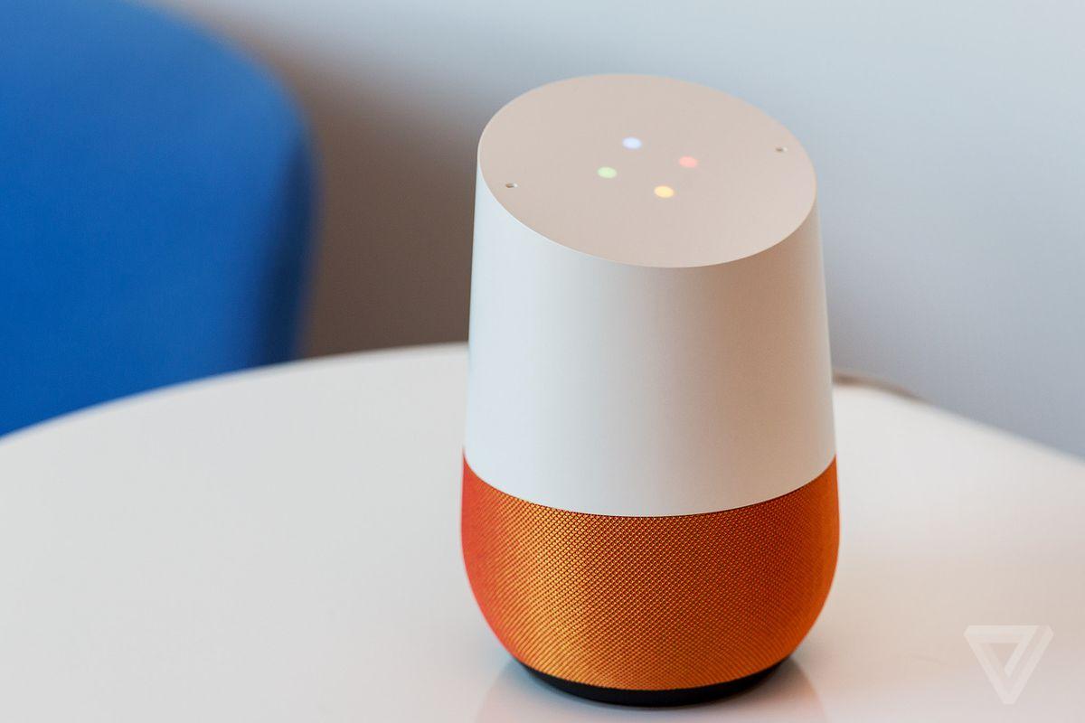 Google Home Amazon Echo Dot