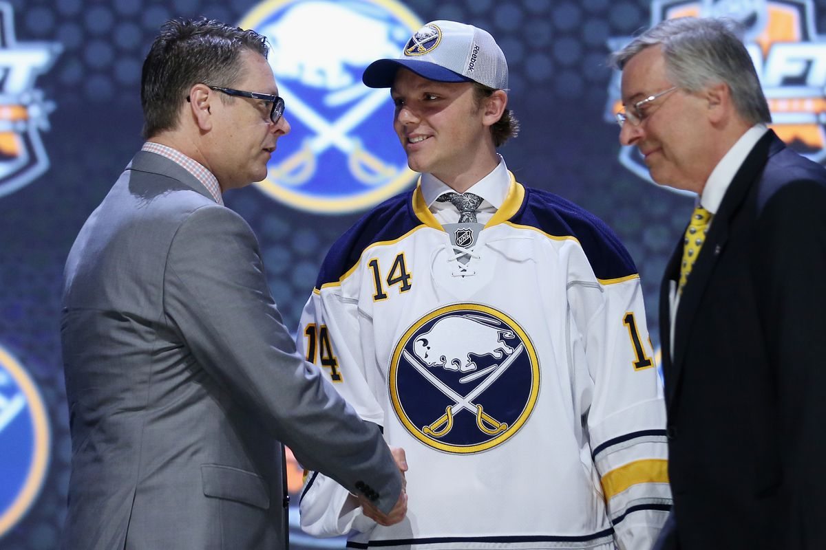 NHL Draft 2014  Buffalo Sabres select Sam Reinhart with No. 2 pick ... 4492c92d62