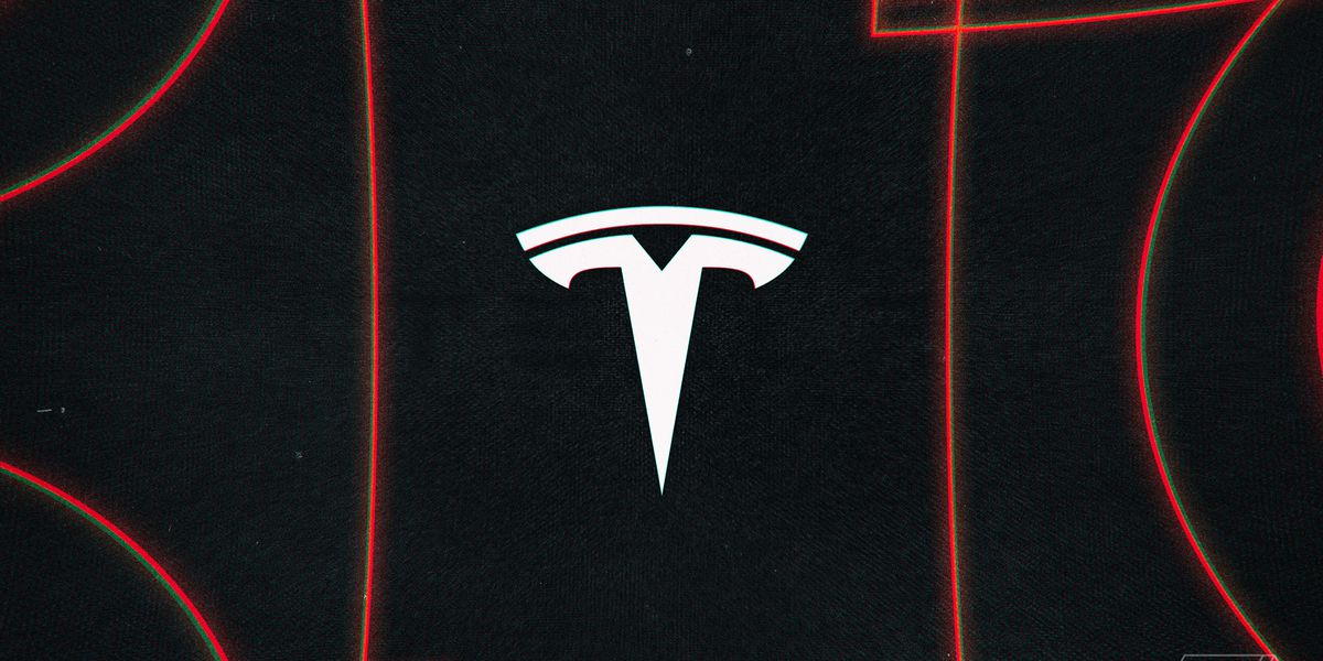 Tesla opens 'Full Self-Driving' beta software to more customers
