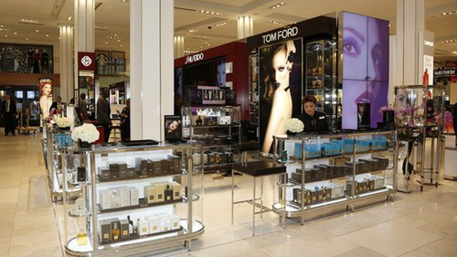 Macy S Renovated Beauty Floor Herm 232 S La Mer Tom Ford