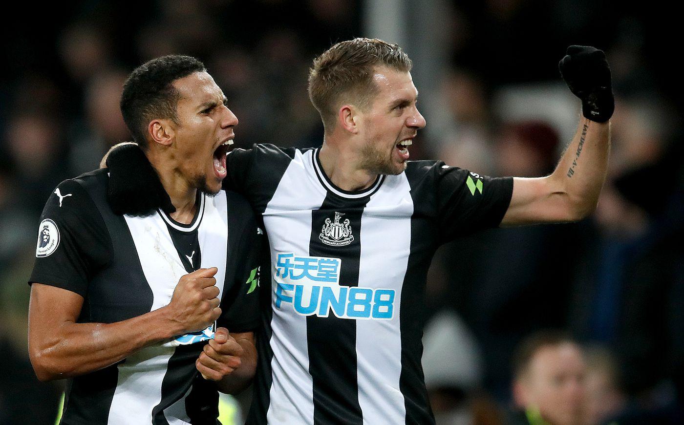 Grenouill/ère B/éb/é Newcastle United
