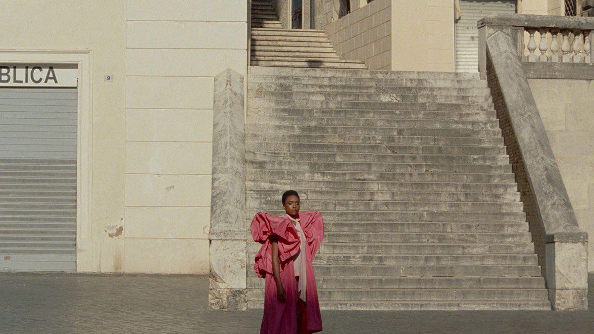 KiKi Layne in The Staggering Girl.