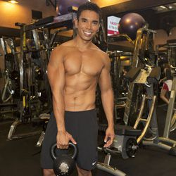 """<a href=""""http://la.racked.com/archives/2013/08/12/hottest_trainer_contestant_11_mike_donavanik.php""""target=""""_blank"""">Mike Donavanik of The Gym on Nemo</a>"""
