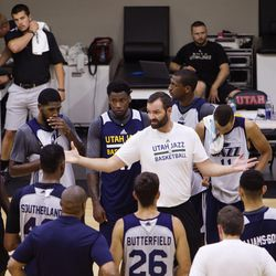 Utah Jazz Summer League Head Coach Alex Jensen gives a talk to his team during a practice at the Jon M. & Karen Huntsman Basketball Facility in Salt Lake City on Saturday, July 1, 2017.