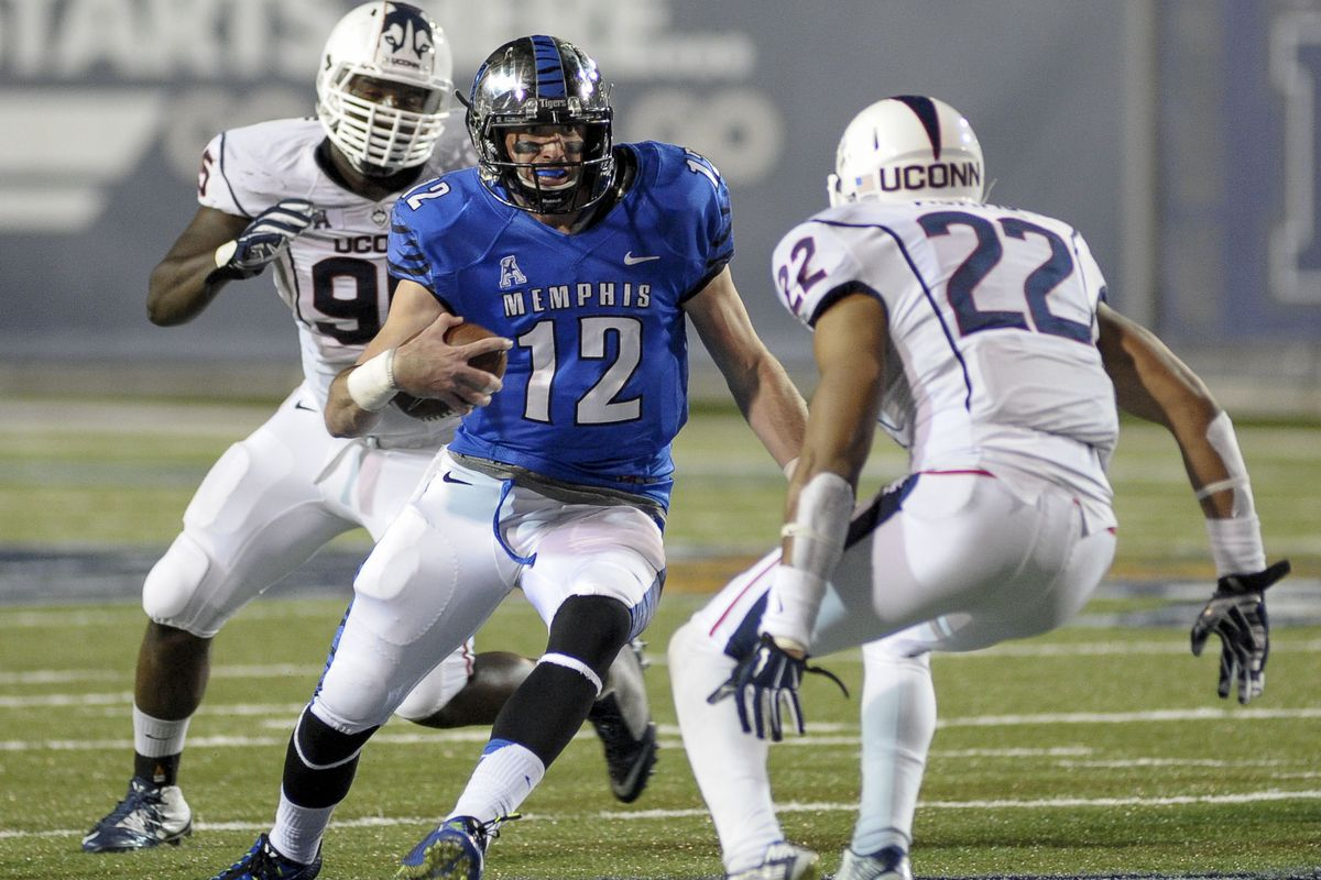 Paxton Lynch will lead the Tigers against the Cougars in the Miami Bowl