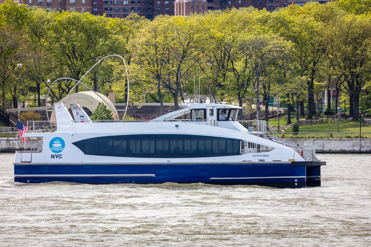 New York schoolchildren once again give NYC Ferry vessels