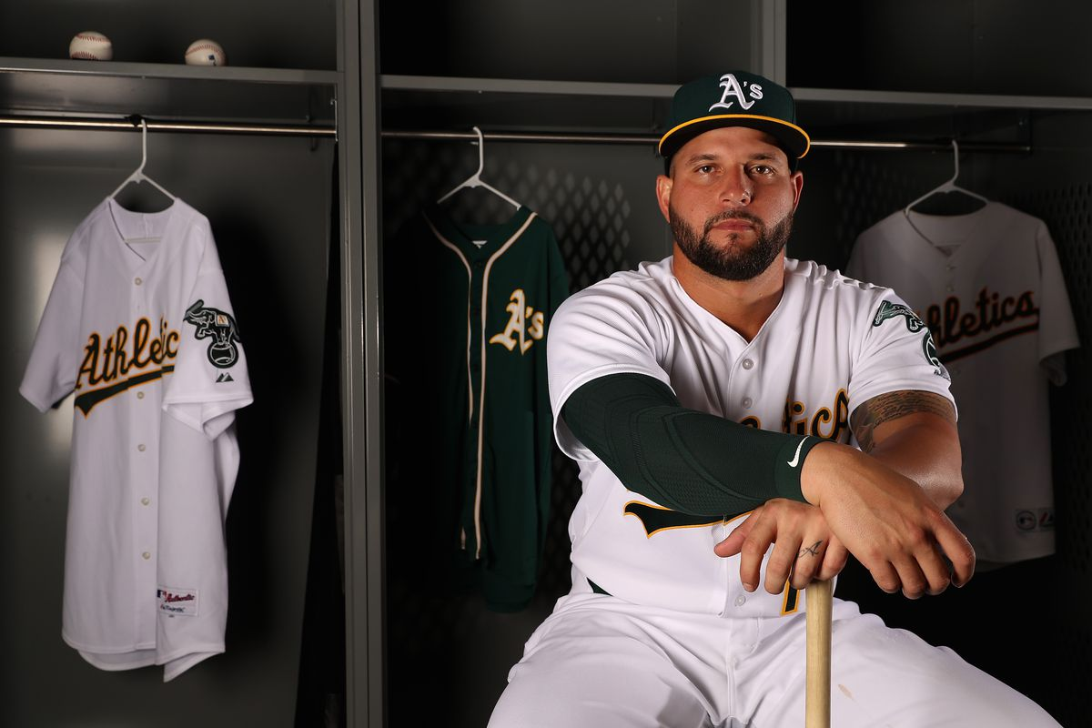 Yankees potential trade target  Yonder Alonso - Pinstripe Alley 4c82d2aa97a