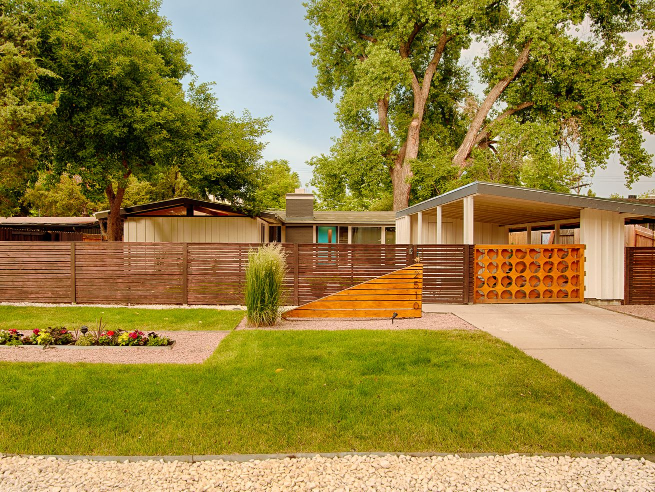 Renovating a midcentury modern home: 9 tips from an expert