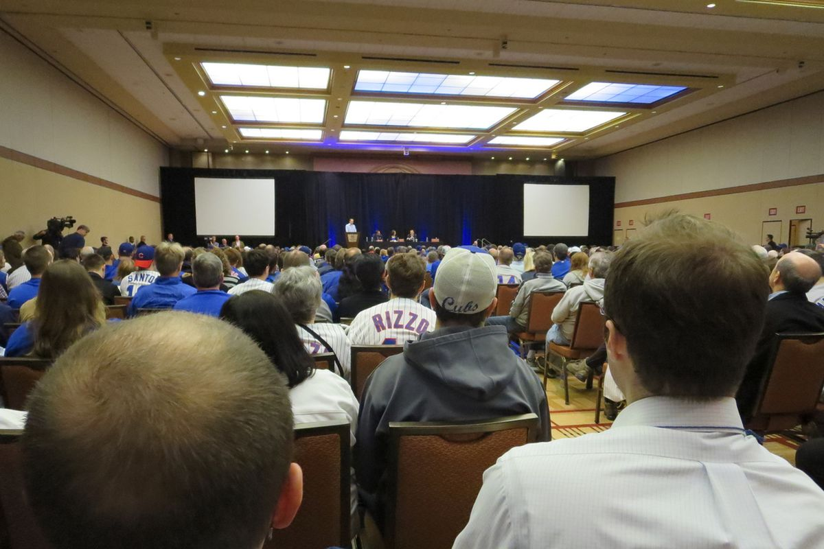 Crowd at the Ricketts Family Forum at the 2014 Cubs Convention