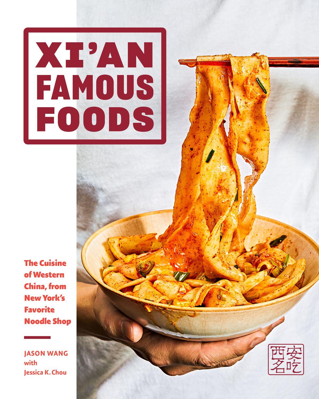 Un bol de nouilles effilées à la main sur la couverture du livre de cuisine Xi'an Famous Foods