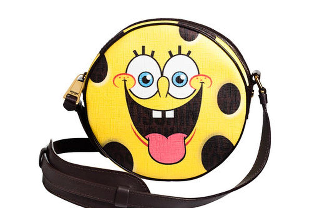"""Moschino SpongeBob bag. Photo <a href=""""http://www.globalblue.com/destinations/france/paris/moschino-x-spongebob/"""">via</a>."""