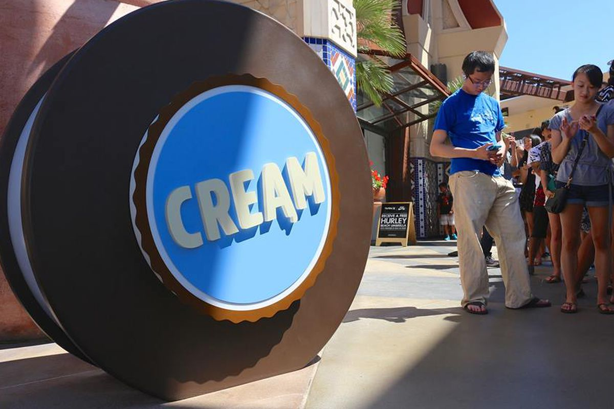 Lines for CREAM at the recently-opened Irvine location