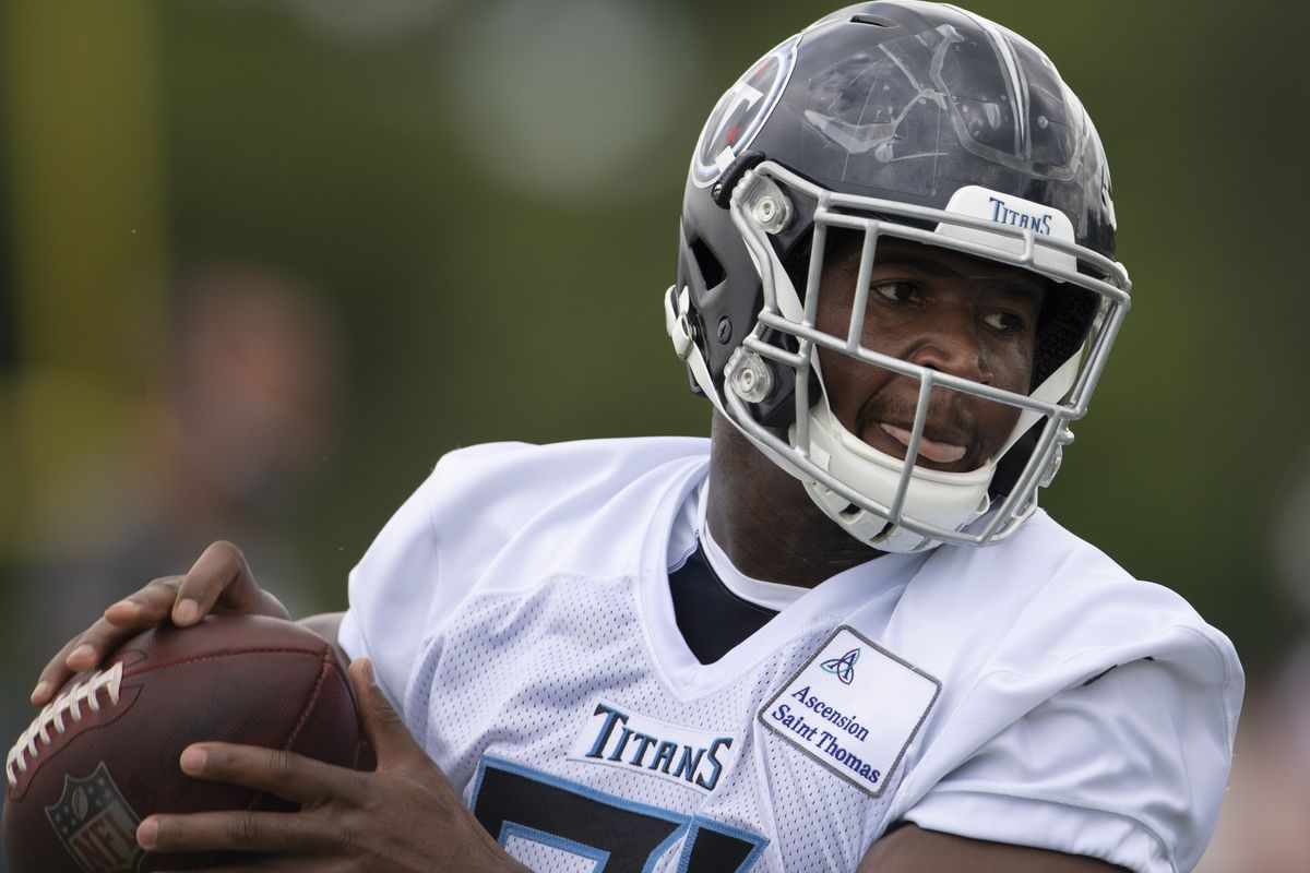 Tennessee Titans tight end Jonnu Smith (81) pulls in a catch during a training camp practice at Saint Thomas Sports Park Friday, Aug. 14, 2020 in Nashville, Tenn.
