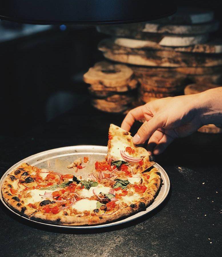 Pizza at Il Brutto
