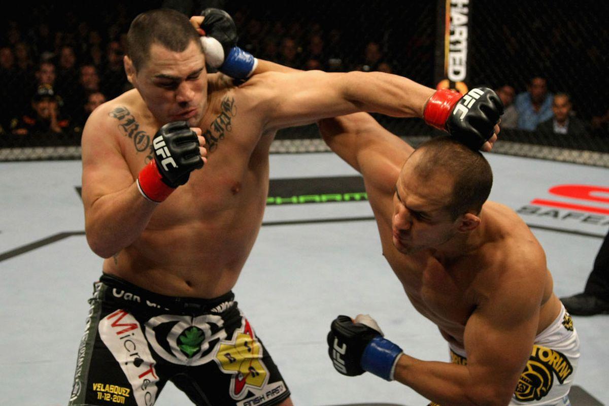UFC on Fox Results Recap: Cain Velasquez vs. Junior dos Santos - Bloody Elbow