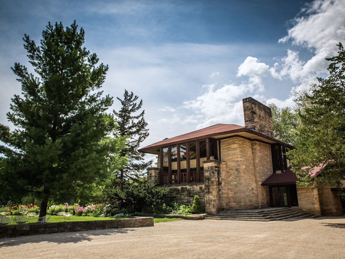 Tour Frank Lloyd Wright Designs In His Home State Of